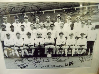 Tottenham 1984 team sign by 12