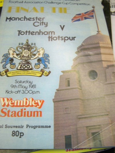 FA Cup Programme 1981 signed by Tottenham legend Ossie Ardiles