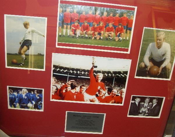 Bobby Moore plus other England players signed montage
