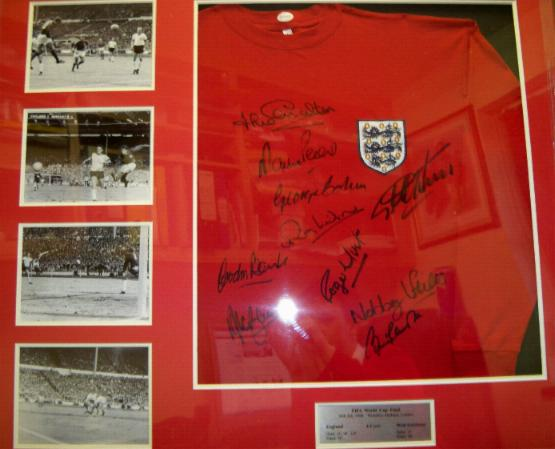 1966 replica signed shirt signed by 10