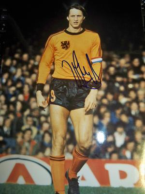 Cruyff signed Holland picture