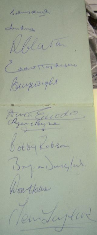 Reduced 1957 England signed autograph page including Busby Babes and last England appearance for Duncan Edwards very rare