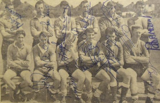 Chelsea  early signed press picture signed by 10