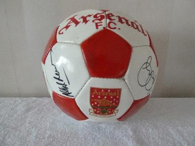 Arsenal ball 1990's signed by former Legends
