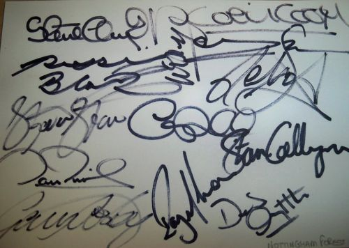 Nottingham Forest 1993/1994  card signed by 12  including Colin Cooper, Stan Collymore, Des Little, David Phillips & Stewart Pearce.