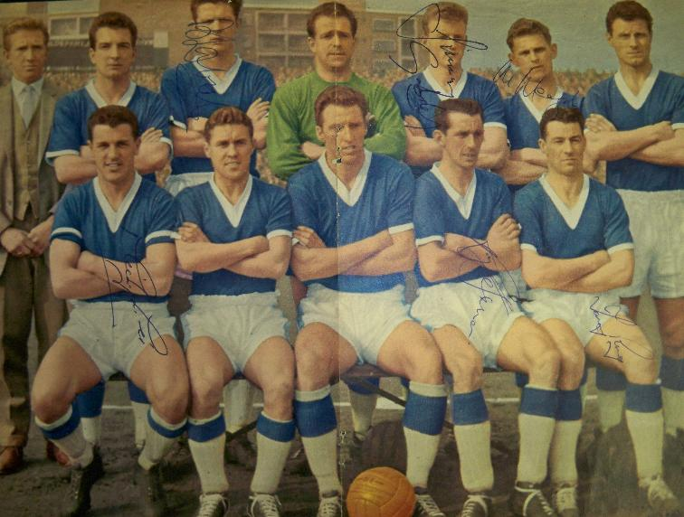 Everton multi signed by 6 inc B Labone J Gabriel M Lill Vernon Meagan T Ring