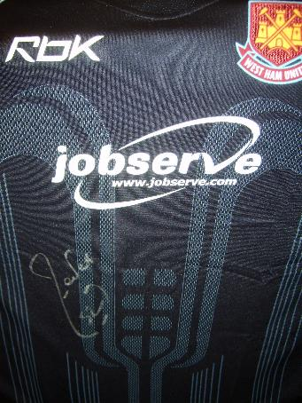 West Ham Carlos Tevez signed away shirt, (whats all the fuss about?)