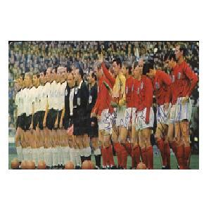 1966 World Cup signed  picture signed by 6
